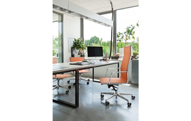 Кресла для руководителя: купить Кресло Olite Milani - 3