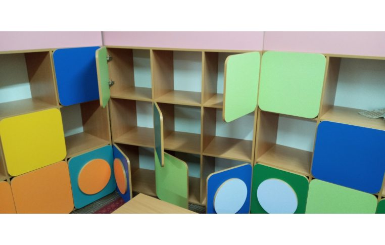 Мебель для детского сада: купить Стенка детская Паровозик - 4