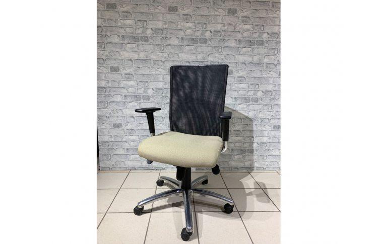 Кресла для руководителя: купить Кресло Evolution OH/5 ZT-11 - 1