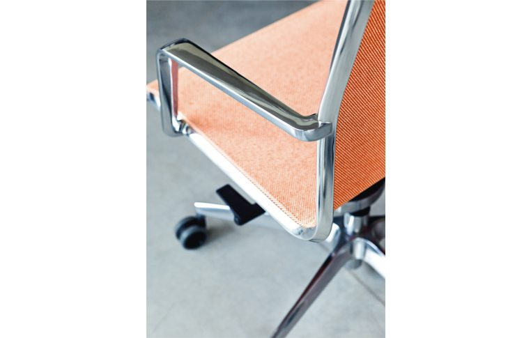 Кресла для руководителя: купить Кресло Olite Milani - 4