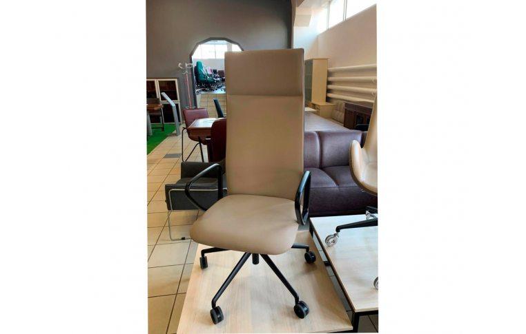 Кресла для руководителя: купить Кресло Velvet Diemme - 1