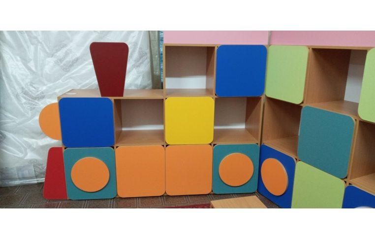 Мебель для детского сада: купить Стенка детская Паровозик - 5